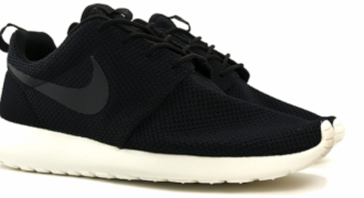 new product 98c74 b19c8 Everything You Should Know About The Nike Roshe Run  Video  Sole  Collector