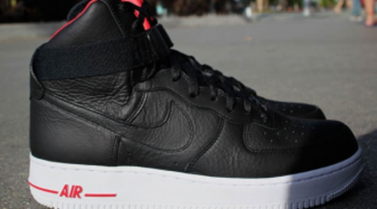 new concept 48444 b16bc Nike Air Force 1 High Premium - LeBron | Sole Collector