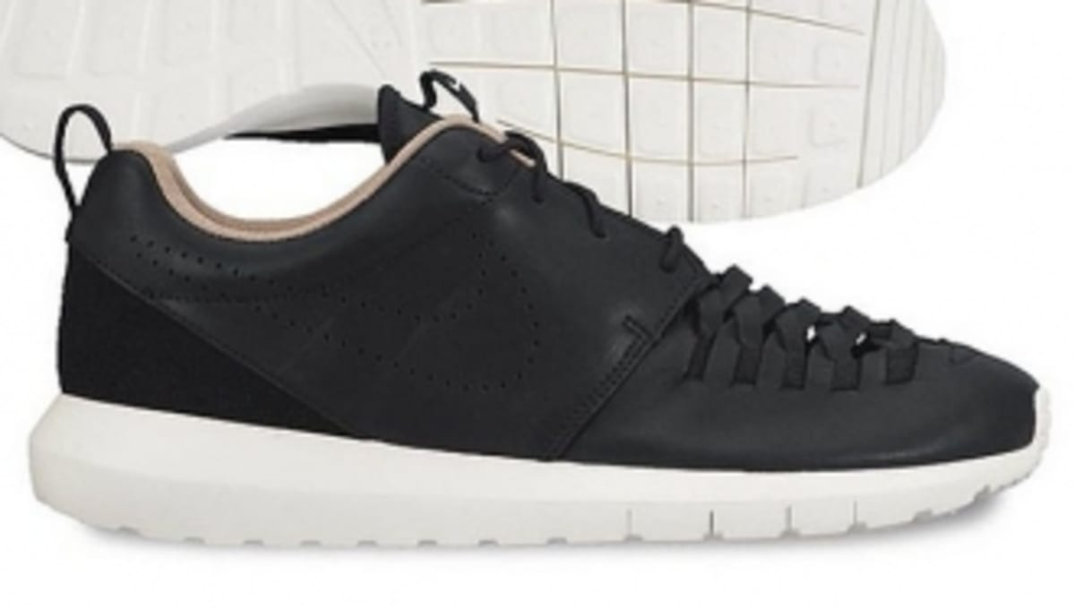 outlet store e1123 08ee6 Nike Roshe Run NM  Woven Leather