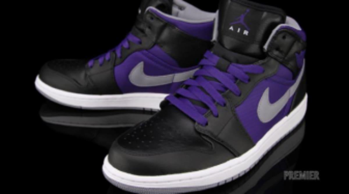 759bc433f3ac Air Jordan 1 Phat - Black   Stealth   Court Purple