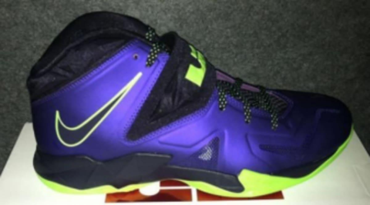 0e20197d716 Nike Zoom Soldier VII - Court Purple Flash Lime