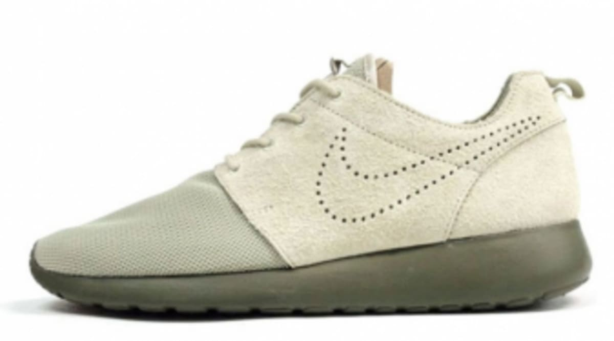 new arrival 5e983 ab1e3 Nike Roshe Run Premium - Sand/Olive - New Images   Sole ...