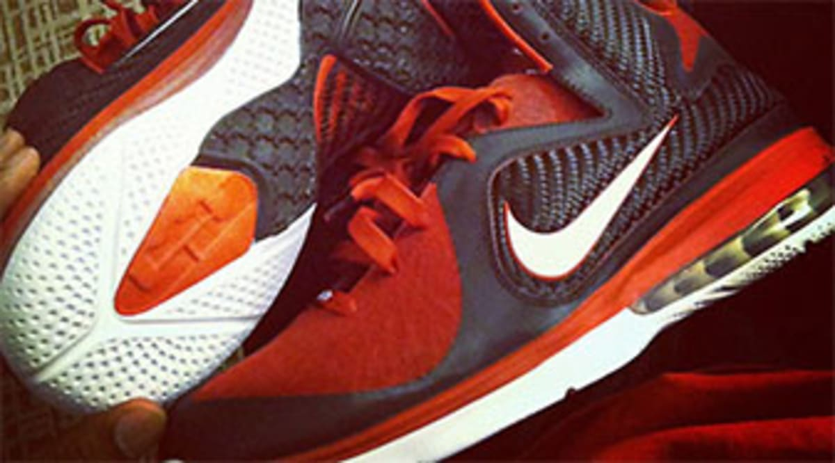 new style 645db 82ba1 Nike LeBron 9 - King James Shooting Stars PE | Sole Collector
