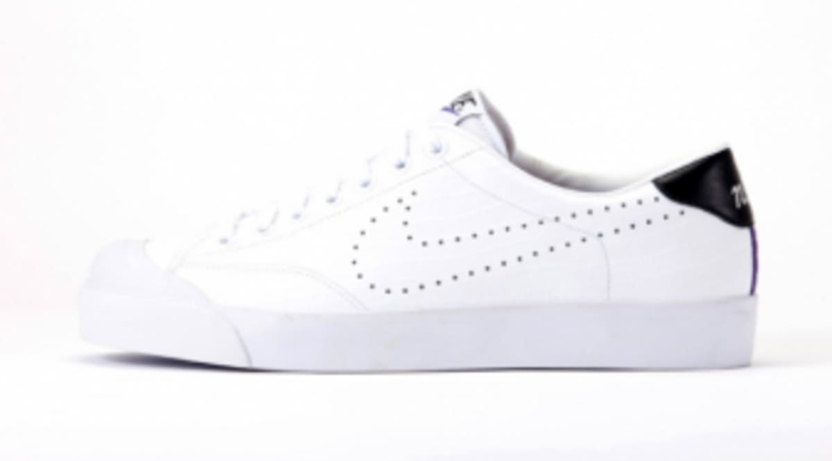 sports shoes 2c4b4 7fa3c nike sportswear x fragment design all court low premium pack
