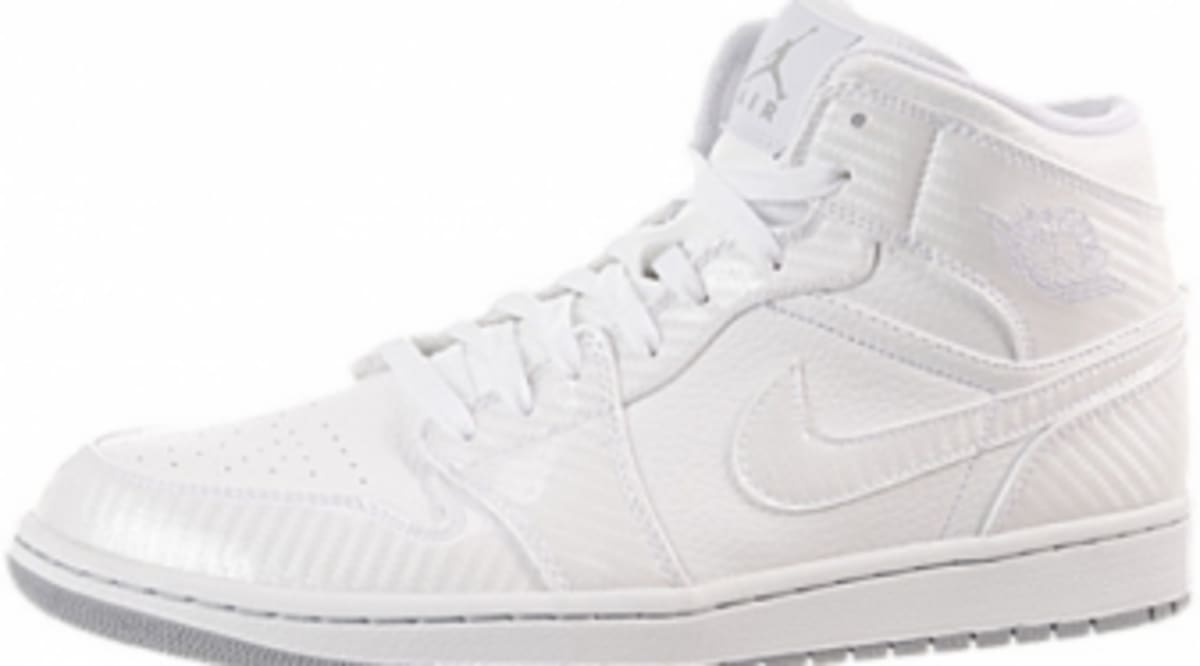 Air Jordan Retro 1 Phat Mid - White Carbon Fiber - New Images  7839f52305