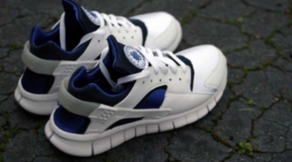 8568fa2801ff Nike Huarache Free 2012 - White Navy-Royal
