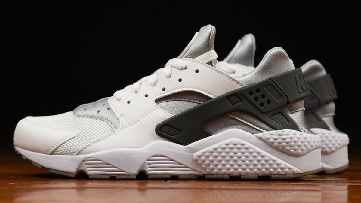 huge discount 4156b b1514 Nike Air Huarache White Wolf Grey-Dark Grey 318429-103   Sole Collector