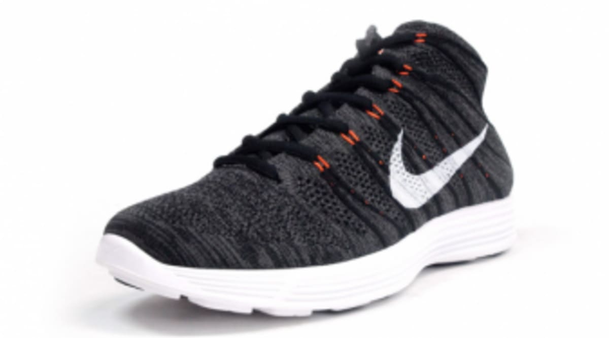 621acf6e7dc1 Nike Lunar Flyknit Chukka - Midnight Fog   Total Orange - New Images ...