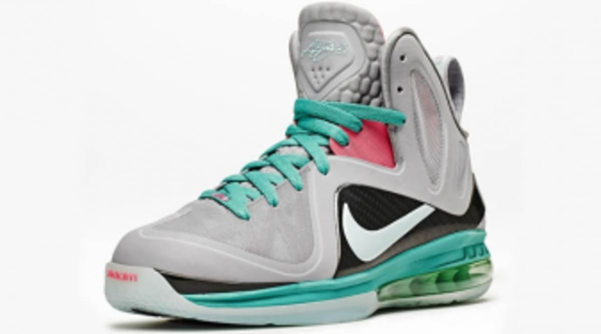 low priced f9211 5288d Nike LeBron 9 P.S. Elite - South Beach - Official Photos   Sole Collector
