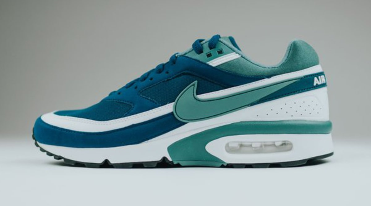 nike air max bw marina jade white sole collector. Black Bedroom Furniture Sets. Home Design Ideas