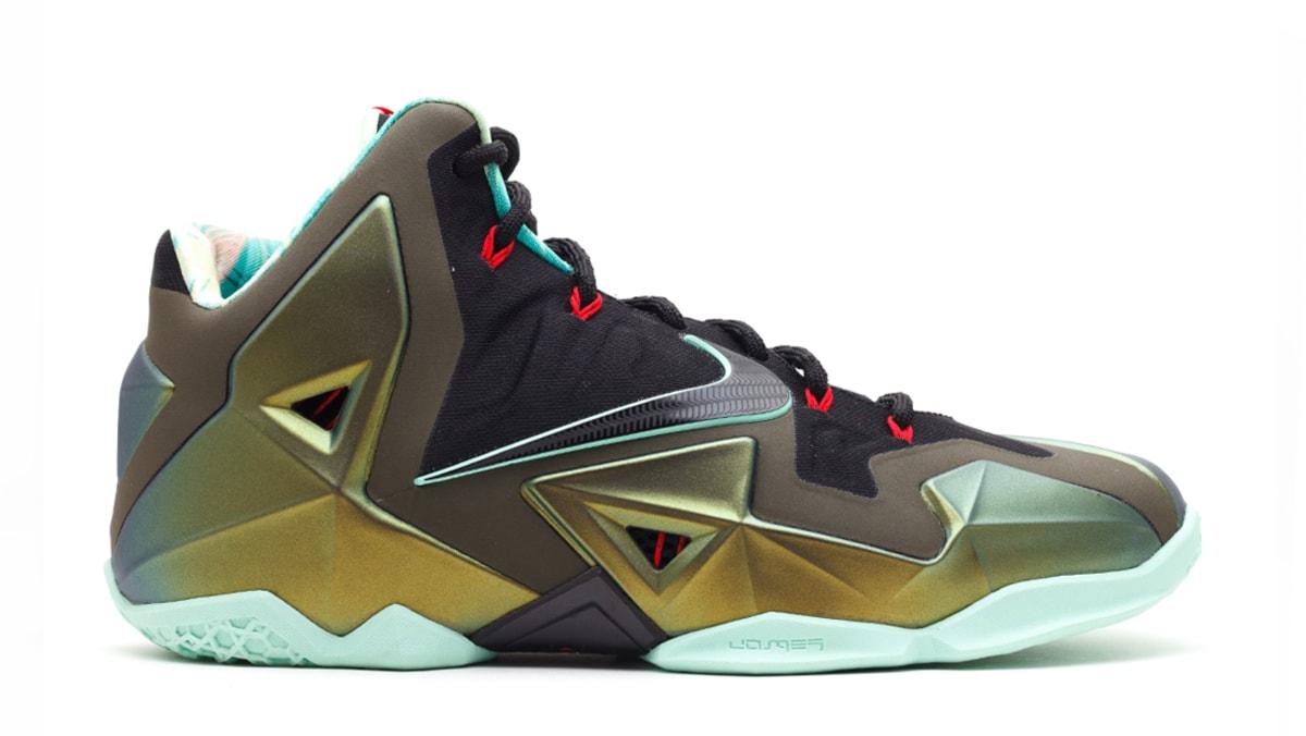 9fe705666b89 Nike LeBron 11 (XI)