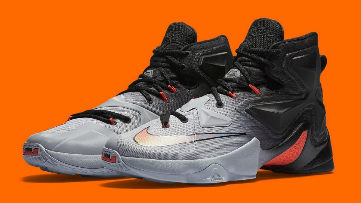 brand new fbc56 3dbdf Nike LeBron 13