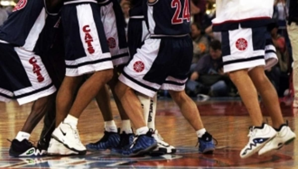 a542e993eabf Arizona Wildcats Sneakers