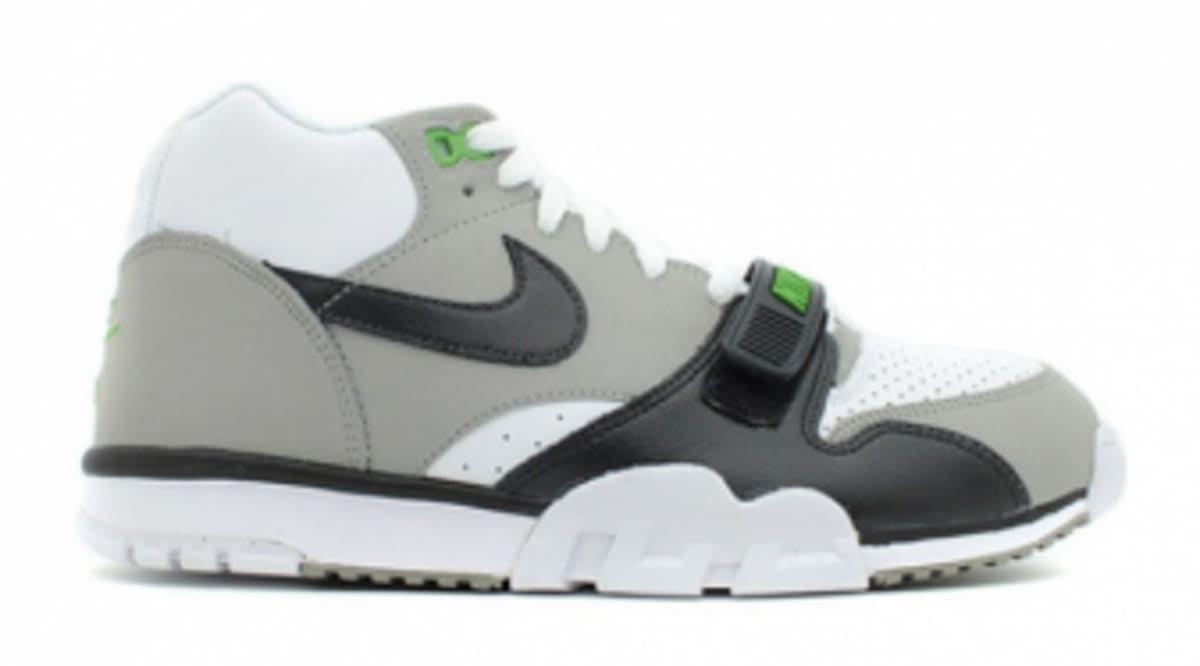 sneakers for cheap 3c87d 67563 Nike Air Trainer 1 - Chlorophyll - Release Details   Sole Collector