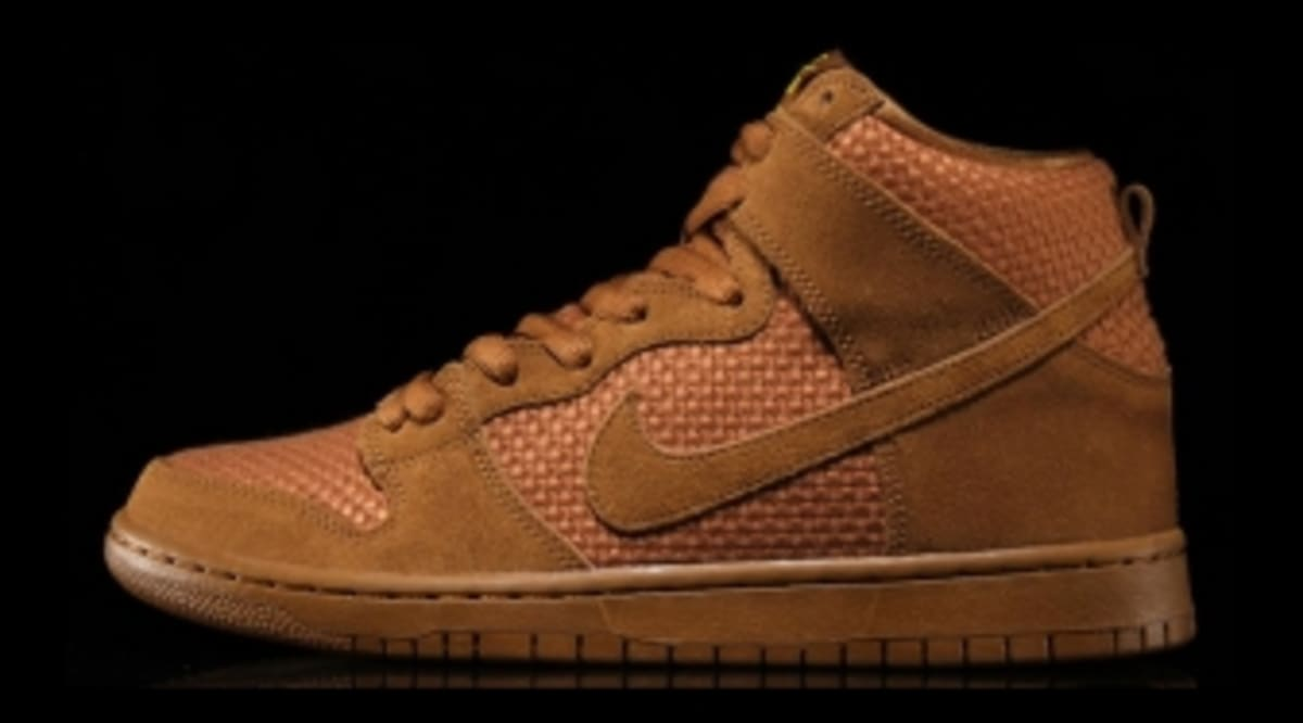 wholesale dealer 29bcd 842ea Nike SB Is Serving Up More Beer-Themed Dunks  Sole Collector