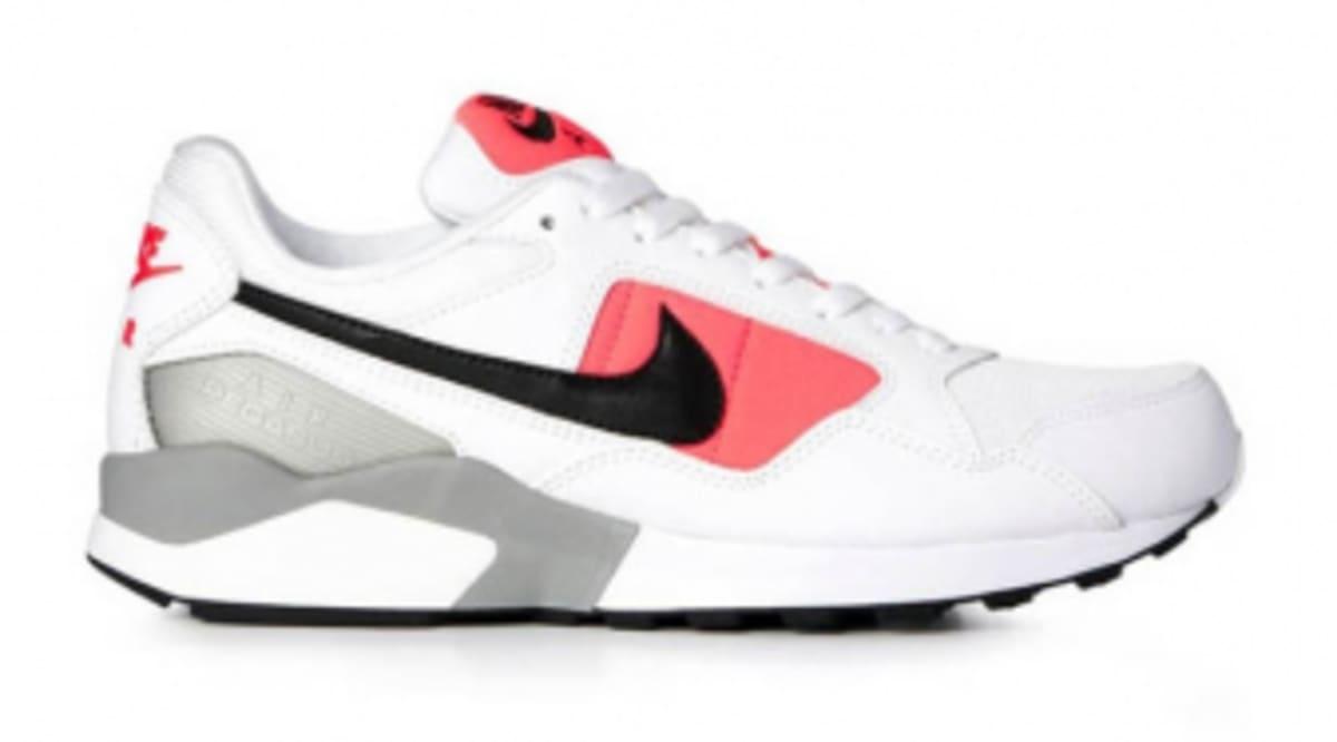 buy popular 58b7c 02910 Buty męskie sneakersy Nike Air Zoom Pegasus 92 USA Nike Air Pegasus 92 -  Atomic Red Sole Collector ...