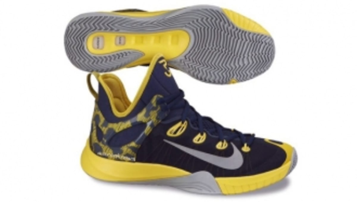 buy online 526ec 33f65 Early Look at the Nike Zoom HyperRev 2015   Sole Collector