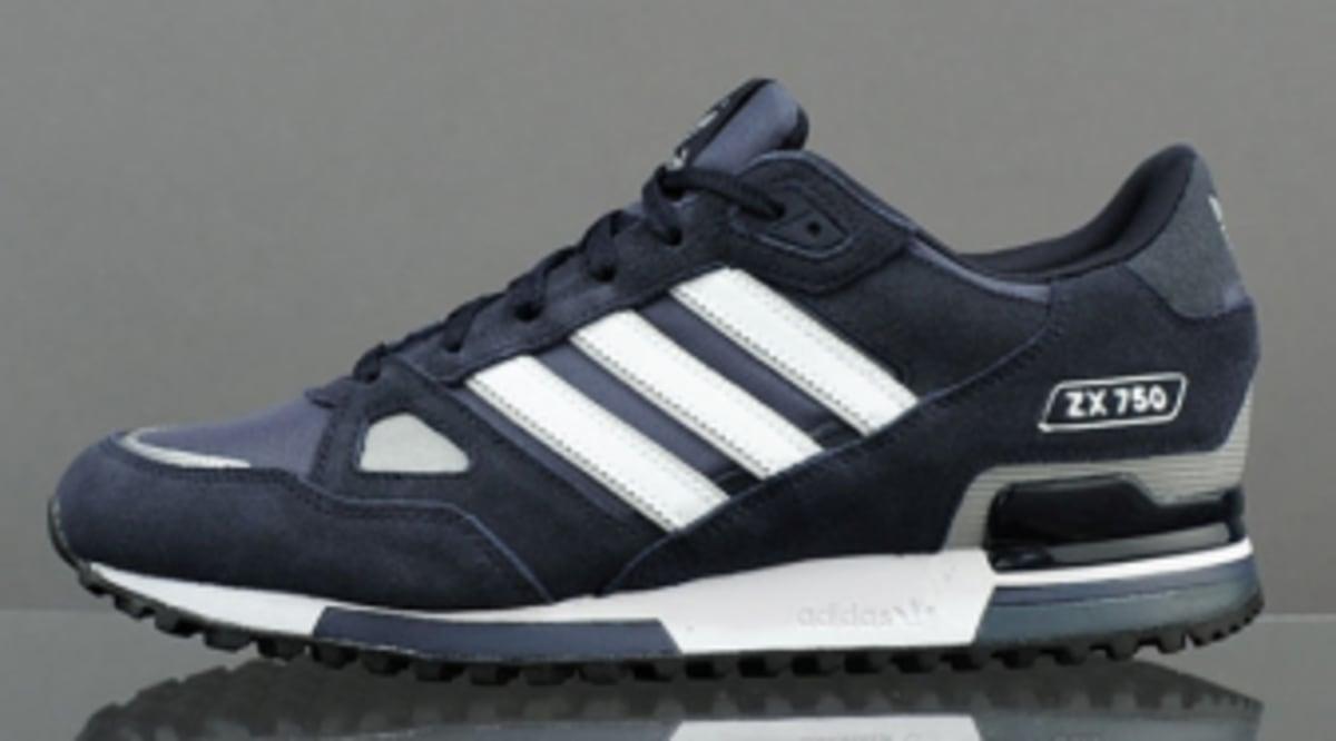 e444738114a adidas originals ZX 750