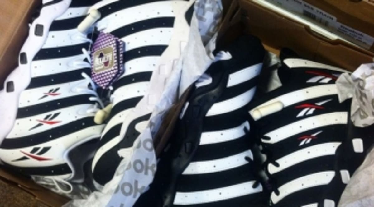 ef43ac520257 Reebok Still Selling Frank Thomas Sneakers Despite Lawsuit