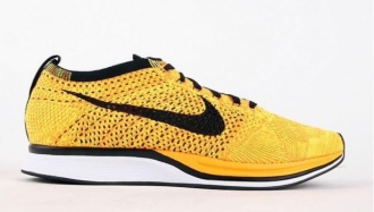 nike flyknit racer yellow black sole collector. Black Bedroom Furniture Sets. Home Design Ideas
