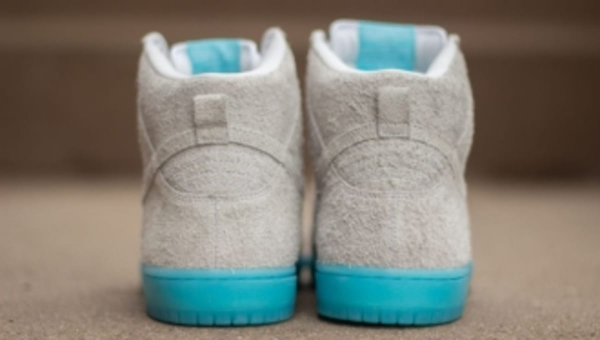 """sports shoes 5d926 d9a99 Nike SB x Baohaus NY Dunk High Pro """"Chairman Bao""""   Sole Collector"""