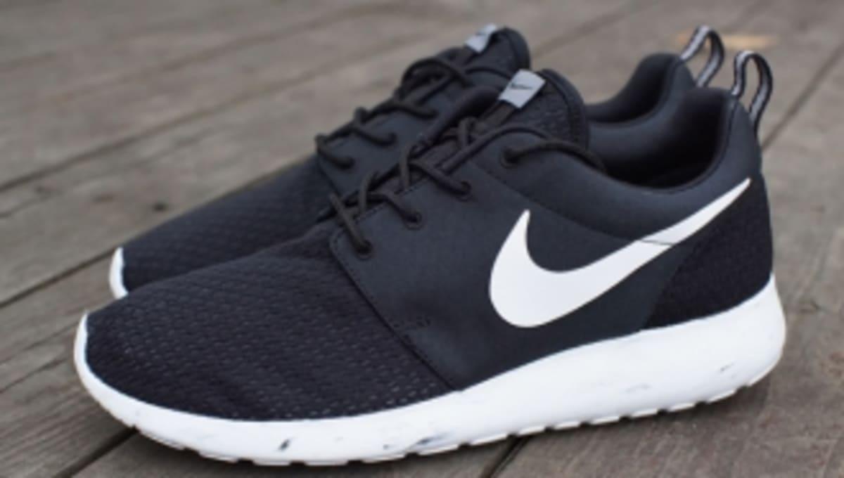 a9bc401061fa Nike Roshe Run - Black White-Cool Grey