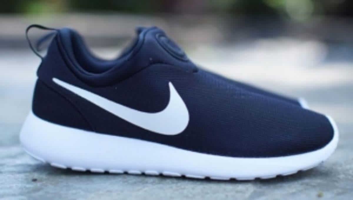 Nike Roshe Slip On Shoes