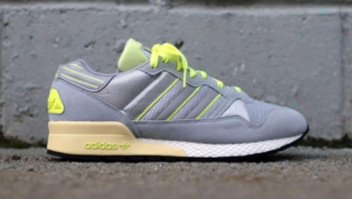 58c1e74899700 adidas ZX 710 -  Ice Grey Glow