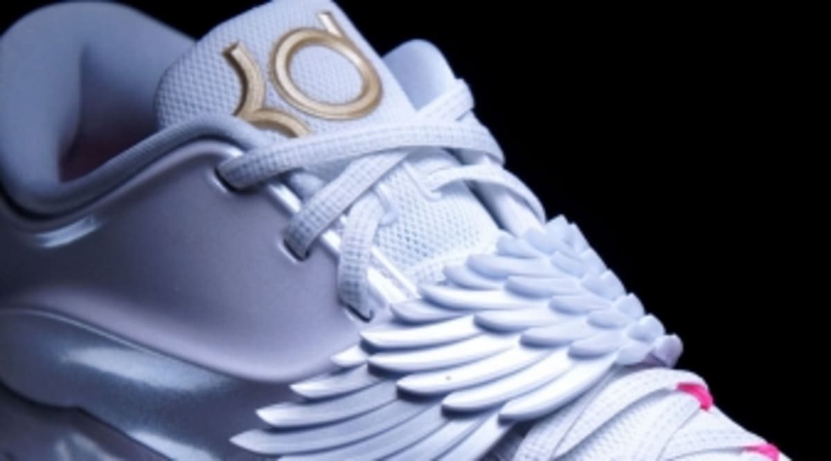 e3ed03993d9a Winged Nike KD 7 Pays Tribute to Aunt Pearl