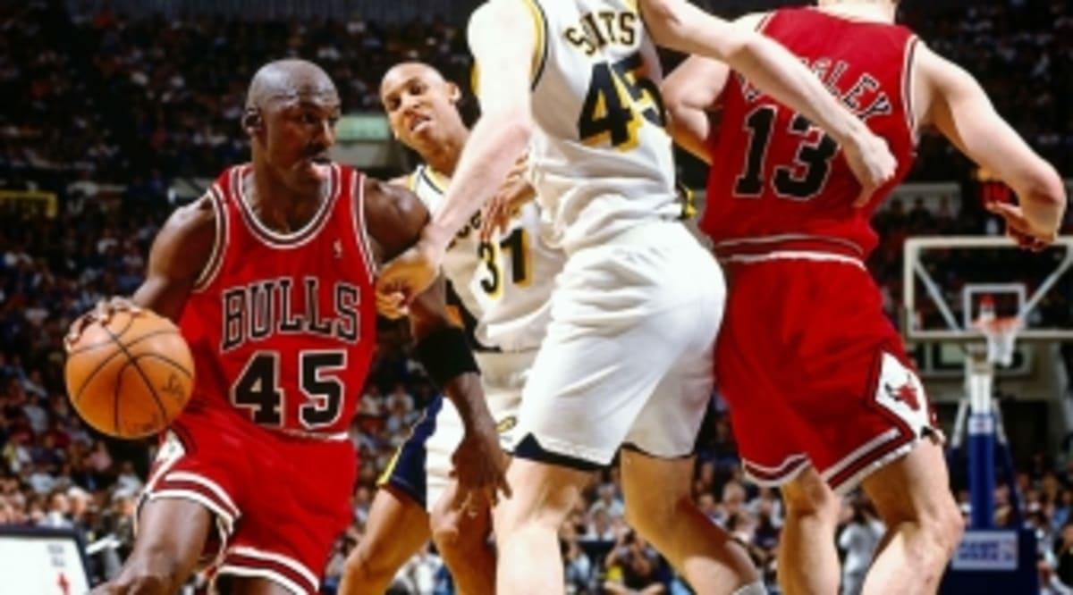 de4b7869b35157 Michael Jordan Returns Against the Indiana Pacers March 19