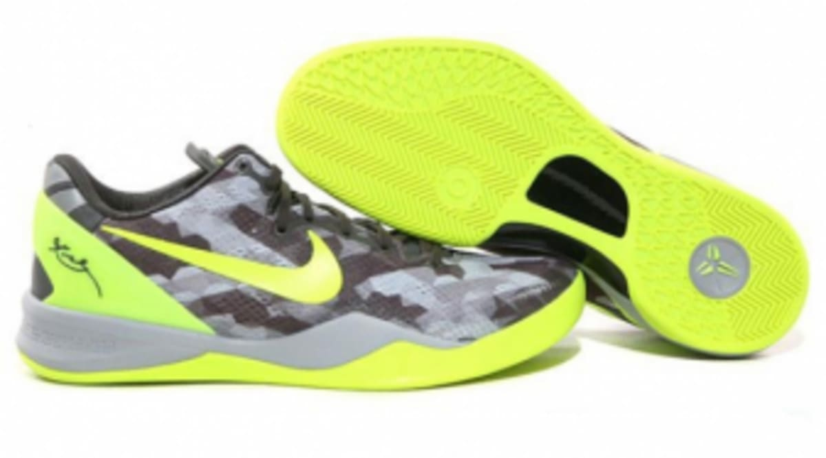 d7c668da575f Nike KOBE 8 SYSTEM - Sport Grey Volt-Pure Platinum