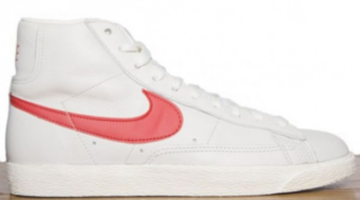 nike blazers white with red tick