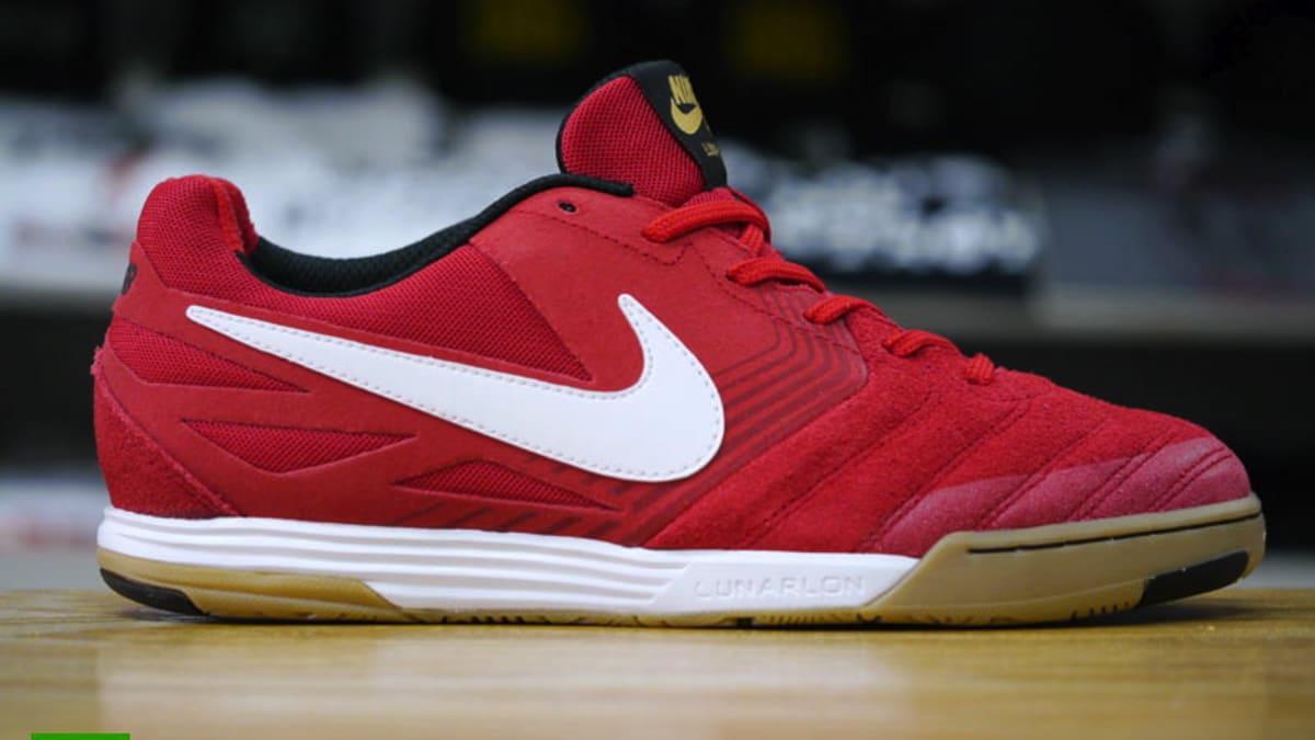sneakers for cheap 7cdc5 59a3b Nike SB Lunar Gato - University Red   White   Gum