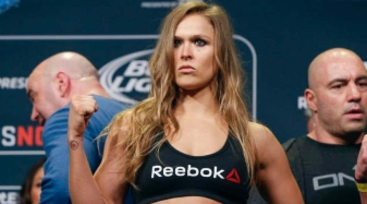 c7eb44e033a How Much Are UFC Fighters Being Paid to Wear Reebok