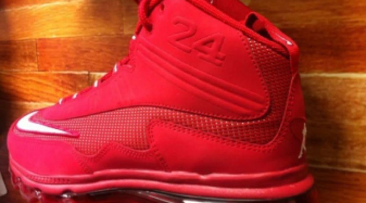 """Nike Air Max Jr. – """"Cincinnati Reds""""  31d7ae2974"""