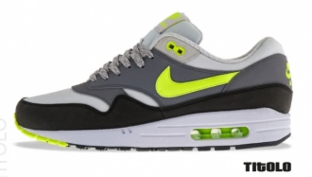 reputable site 343e1 d16ae Nike Air Max 1 Essential - Dusty GreyVolt