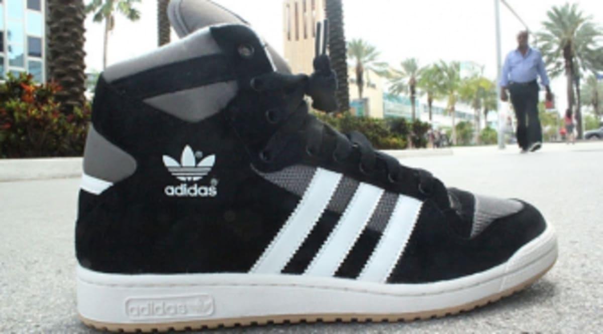 wholesale dealer 548aa 982f5 adidas Originals Decade OG Mid - BlackWhite  Sole Collector