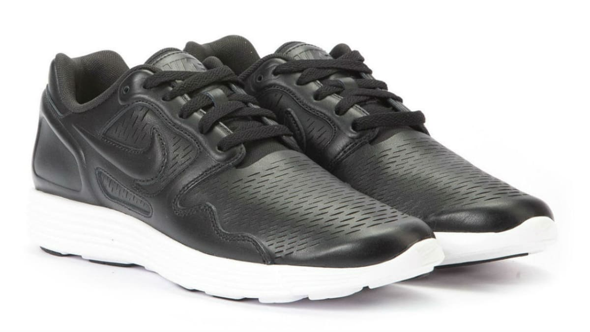 official photos 54847 cc3c5 Nike Lunar Flow Laser Premium Black White   Sole Collector