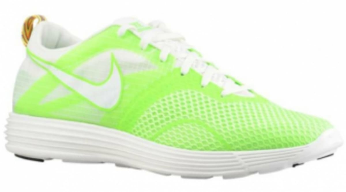 the latest 1175f 2045d ... black Nike Lunar Montreal - Electric GreenSummit White Sole Colle ...
