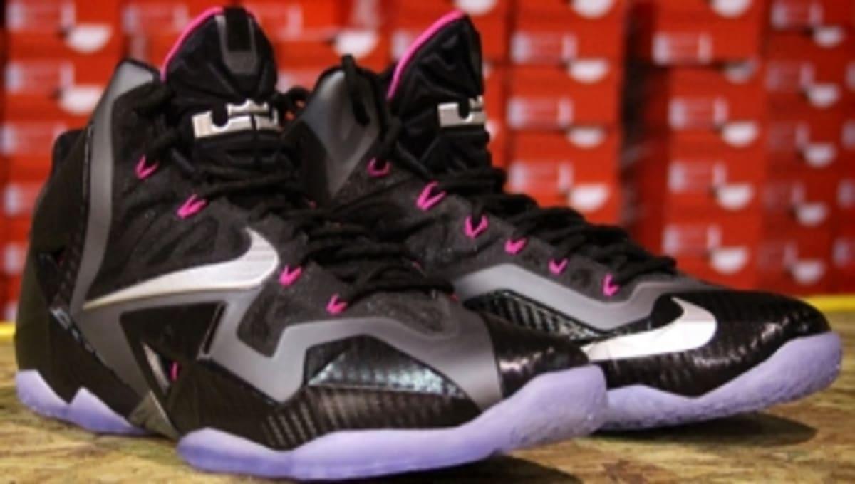 392526fea3145 Nike LeBron 11  Miami Nights