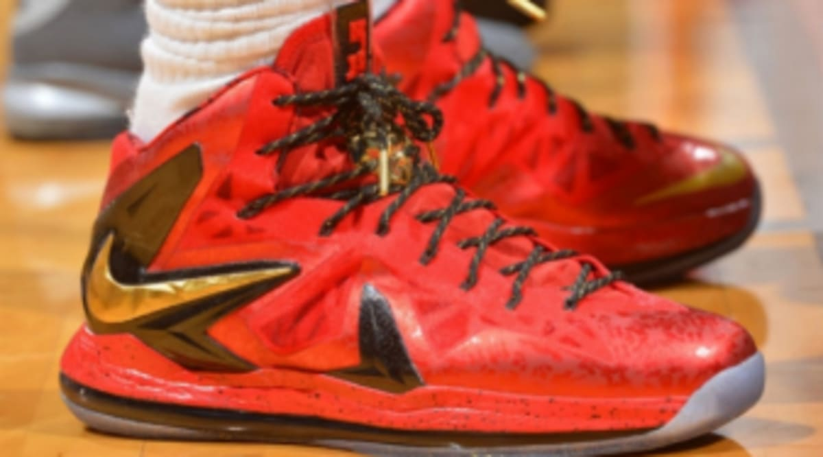 best service 693bb 4e211 LeBron James Wears Red Gold Nike LeBron X PS Elite PE In Game 1