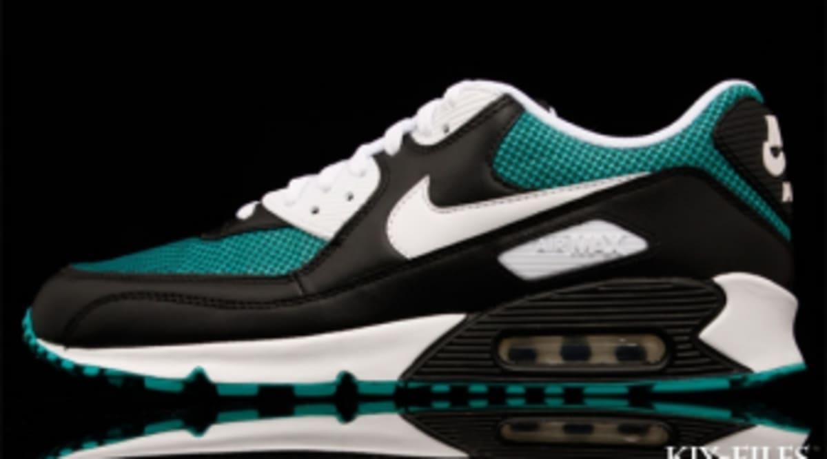 bf5a1128b351 Nike Air Max 90 - Black White-Turbo Green