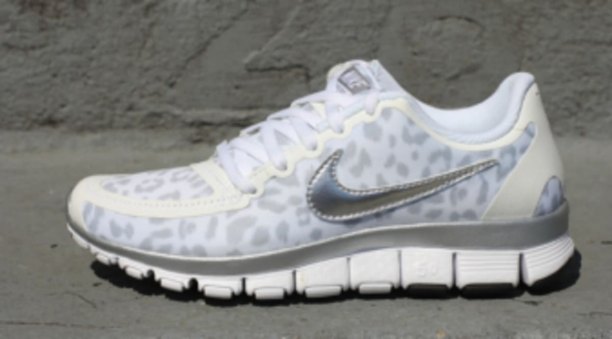finest selection 94575 75509 Nike WMNS Free 5.0 V4 - Leopard - White Metallic SIlver