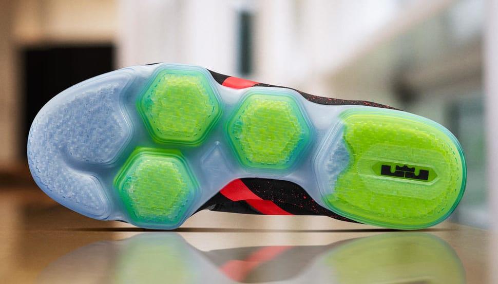 5c90c4acbb4a1 Nike Lebron 14 Christmas extreme-hosting.co.uk