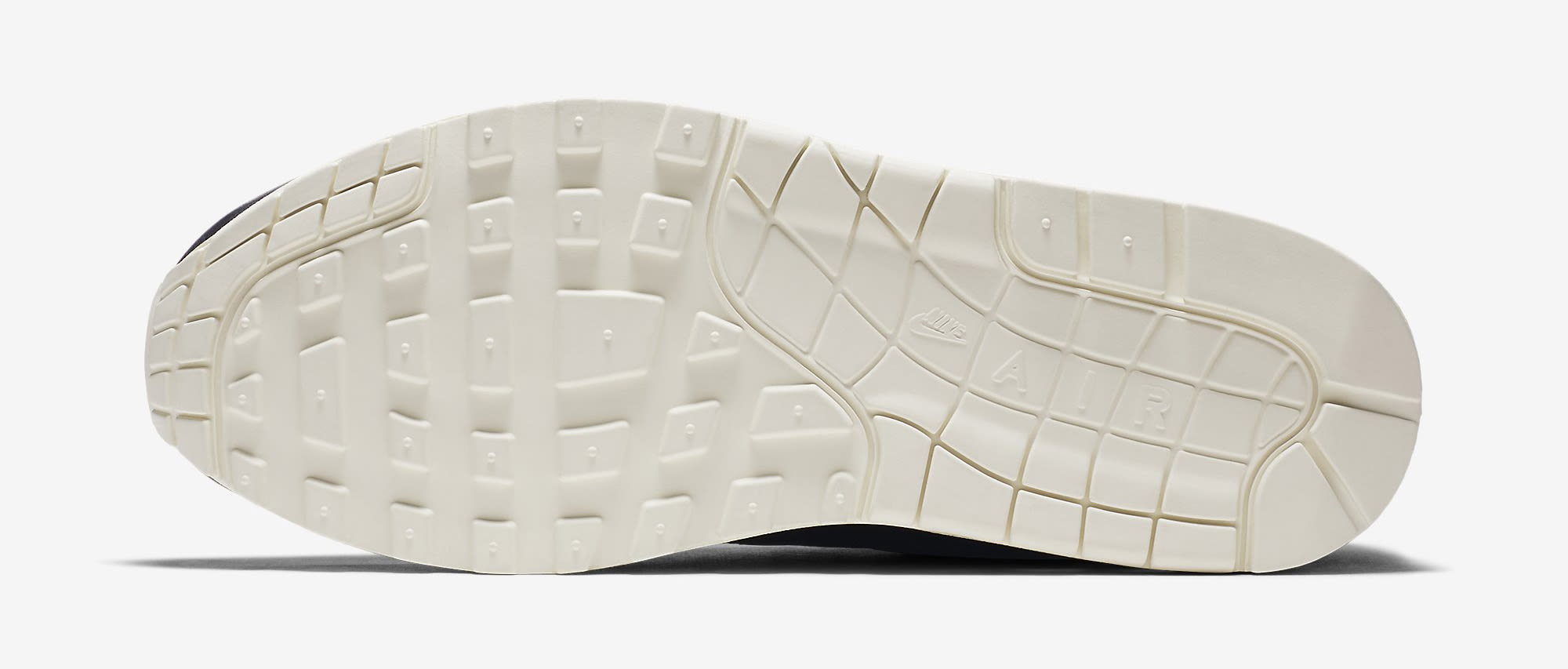 Nike Air Max 1 Pinnacle Leather Black 859554-003 Sole