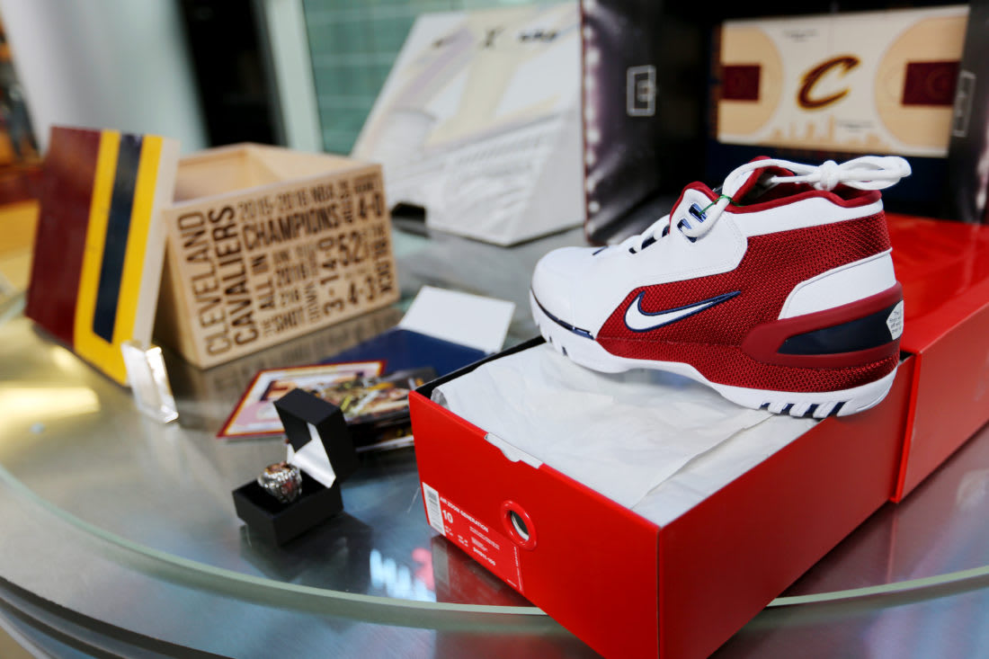 StockX Nike Air Zoom Generation LeBron 14 Charity Auction