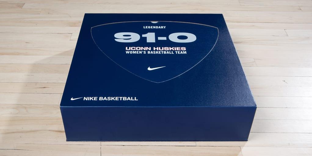 Nike Kyrie 3 UConn Women 91-0 Record (6)