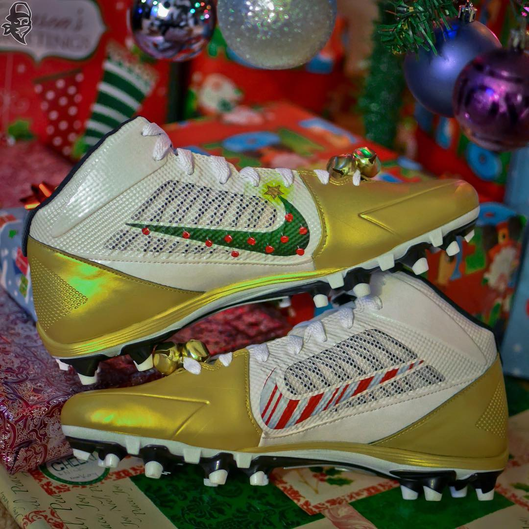 Antonio Brown Christmas Is Boomin Cleats Gold