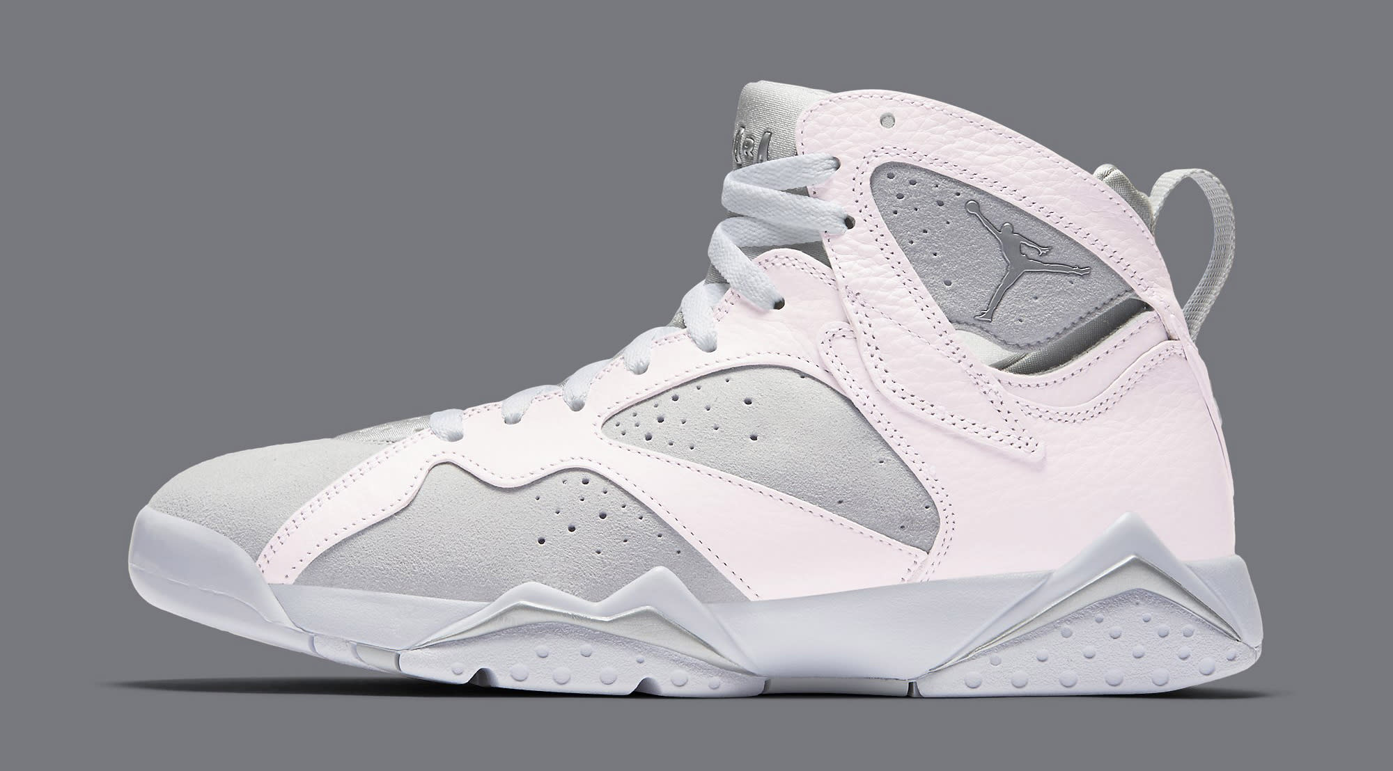 White Air Jordan 7 304775-120 Profile