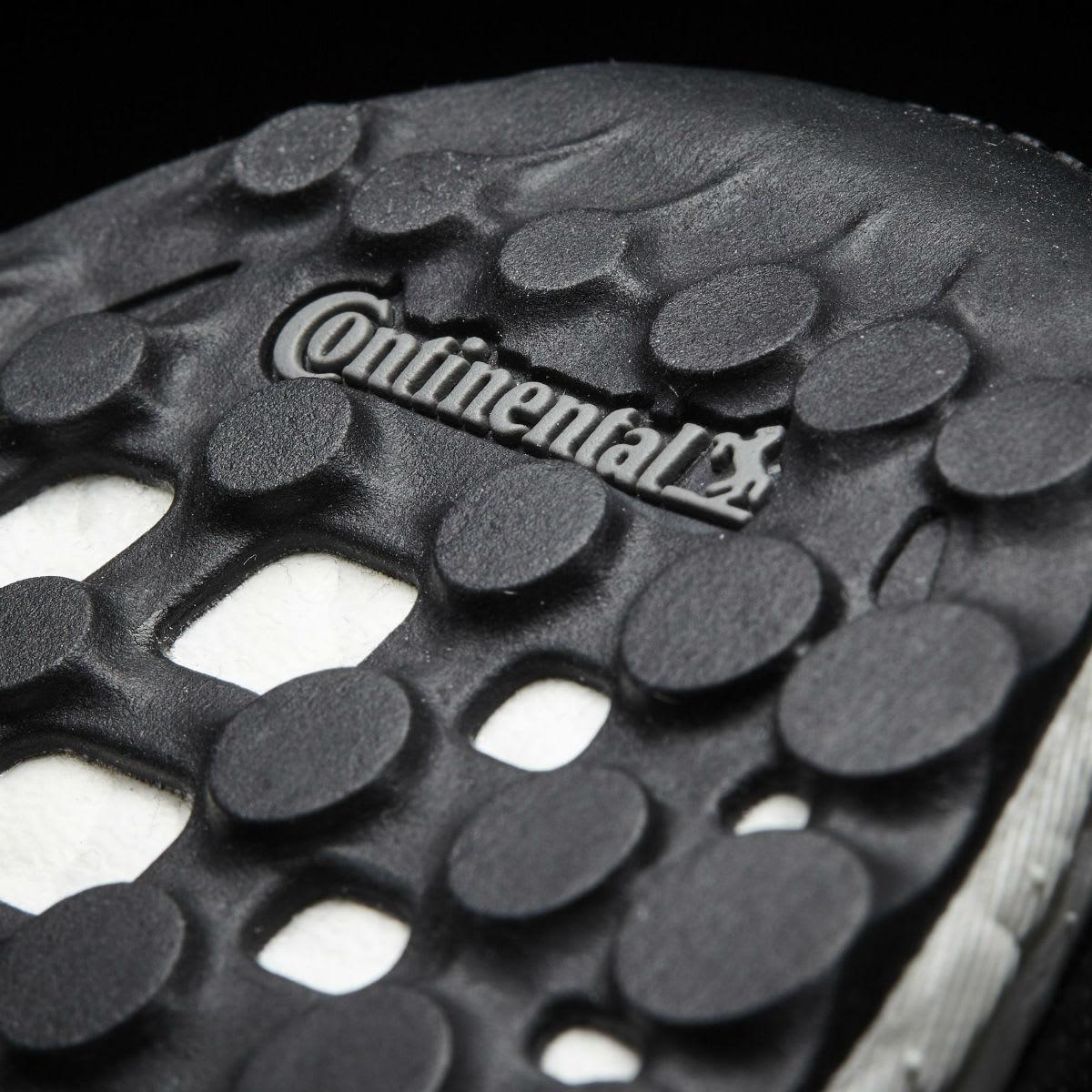 Bright lights, bright colors. Ultra Boost 3.0 Multicolor : Sneakers
